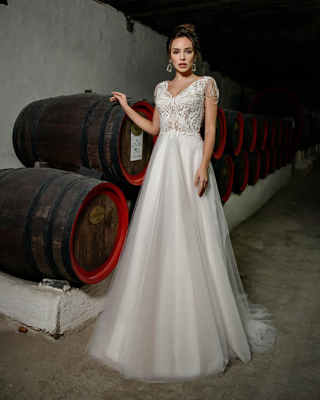 Свадебное платье J-842